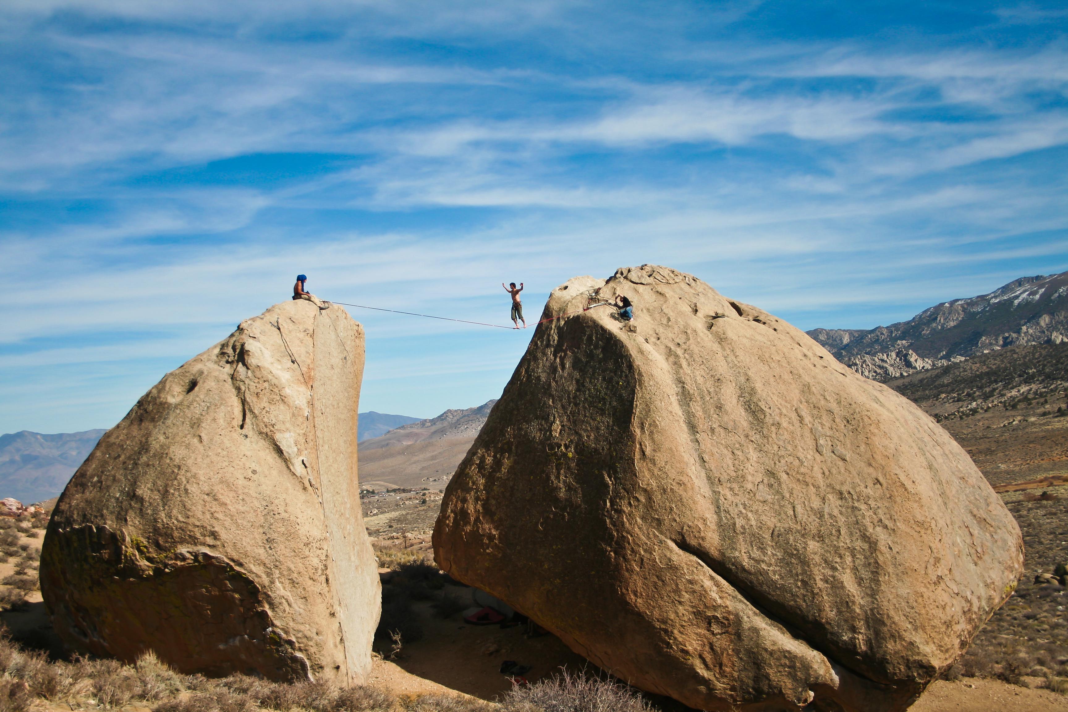 Bishop bouldering and highline – have van will travel